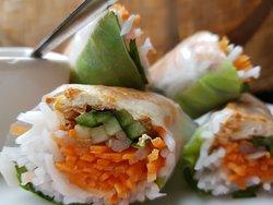 Starters Salad Rolls - Tofu