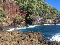 Red Sand Beach - Kaihalulu Beach