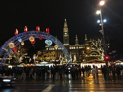 The Christmas markets in front of the Rathaus
