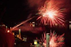 Cosa c'è di più magico dei fuochi in Riva al Lago?