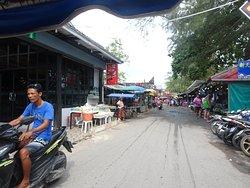 Mercado de frutas y mariscos