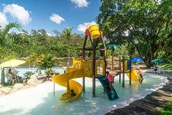 Parque aquático splash e piscinas