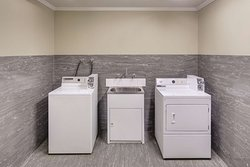 travelodge hotel sydney martin place guest laundry room