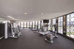 vibe canberra airport gym