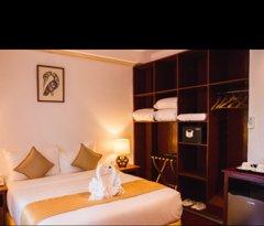 """""""Deluxe Queen Bed Room"""""""