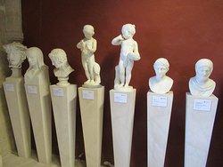 Bustes et statues