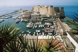 Free Tour Taste of Naples' History and Limoncello