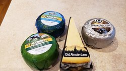 Yummy cheeses! Highly recommend the pesto cheese!