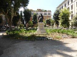 Piazza Benedetto Cairoli