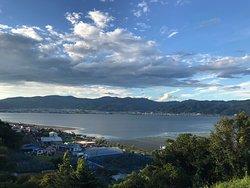 諏訪湖を見渡せるサービスエリア