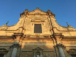 St. Walburga's Church (Sint-Walburgakerk)