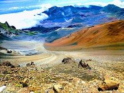 哈雷阿卡拉火山口