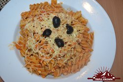 ITALIAN FAVOURATES   PENNE   PASTA IN RED SAUCE .