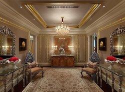 Presidential Suite - Entrance Lobby