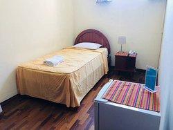 Habitación simple con baño propio
