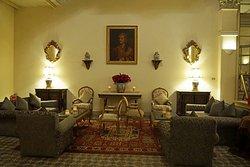 デヴィッド・スーシェのポワロにも出てくる、格式あるホテル。