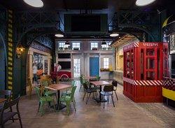 Degustation Food Station interior 3