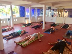Hatha yoga morning class at Yogadarshan, January 2019. Savasana: guided relaxation after an energising class