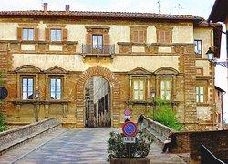 Palazzo Campana