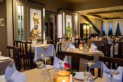 La Terrazza Italian Restaurant, Lounge & Art Gallery