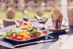 Baltha breakfast