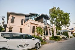 Makkha Health & Spa (Colonial Gardens)