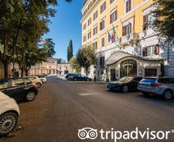 Street at the Hotel Eden