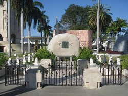 Wanted to see Castro and Marti's graves