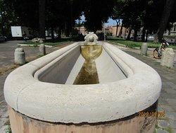 Fontana Lungotevere Aventino