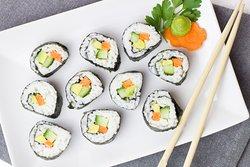 Bei uns im Abendbuffet gibt es immer super leckeres japanisches Sushi 😍😊😋