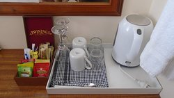 Room 6 coffee and tea service