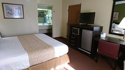 Single bed king room