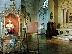 Interior da Iglesia de San Francisco em Santiago