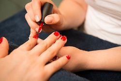 Get your perfect nails with OPI nail polish or with gel lack