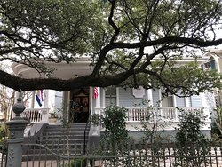 Wonderful historic inn in the middle of the Garden District