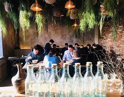 Тонкин, то место, где находиться приятно, кушать вкусно, а уходить очень не хочется