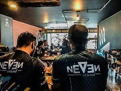 Neven Cafe & Bicicleta