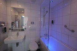 Superior room Bath TOP Hotel Hohenstaufen Koblenz