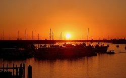 Morgens um 7 Uhr Sonnenaufgang in Fort Myers kurz vor Abfahrt mit dem Key West Express.