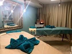 Double massage room at YONI SPA.