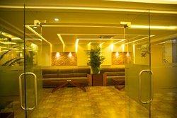 Pool View Restaurant - Hotel Mansha Regency