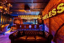 TIMELESS lounge&bar
