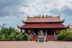 Đình Nguyễn Trung Trực Pagoda