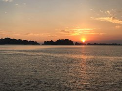 Sunset on halong long bay
