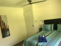 Fish Eagle Lodge ensuite bedroom 2