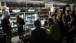 Craftbeer Bottle Shop & Bar
