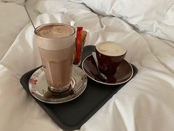FANTASTIC stay. BEST breakfast in Cape Town