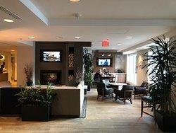 Picture of lobby area taken from breakfast area.