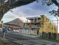 Mayon lodging house is very accessible to public transport