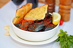 famous chilli mussels